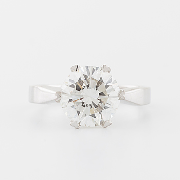 RING, med briljantslipad diamant 3.04 ct, Jarl Sandin, Göteborg, 1987.