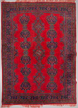 A semi-antique Ushak carpet 378 x 298 cm.