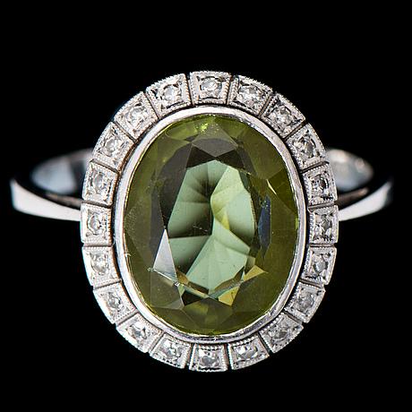 8 cut diamonds, 18k white gold. joensuun kultaseppä, 1977
