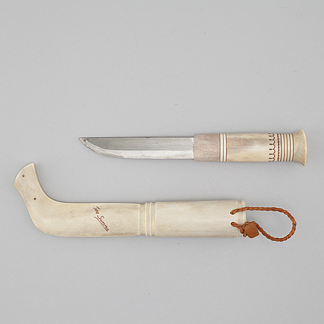 A knife by tore sunna, signed.