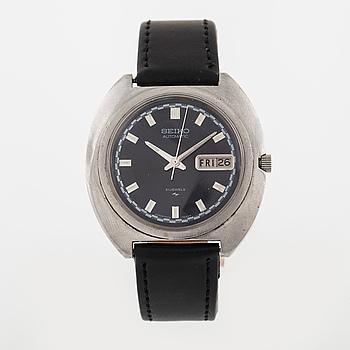 SEIKO, armbandsur, 39 x 34 (40,5) mm.