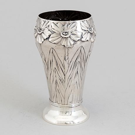 A swedish art nouveau silver vase, maker's mark emil o möller, malmö 1901