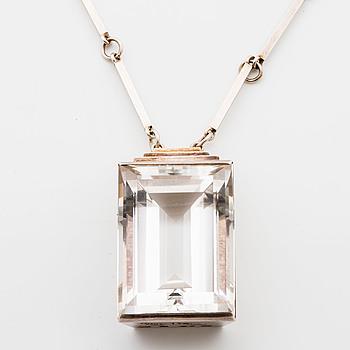 WIWEN NILSSON, silver och bergkristall, hänge med kedja, Lund 1946.