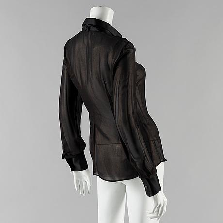 afd70e4eeb3d55 A silk blouse by Dolce Gabbana. - Bukowskis
