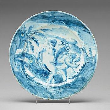 252. A Savona maiolica dinner plate, Italy circa 1700.