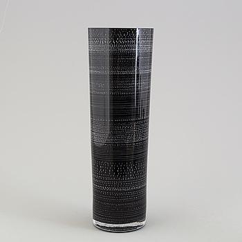 """INGEGERD RÅMAN, vas, glas, """"Night and Day"""", Orrefors Limited, numrerad 39-200, 2004."""