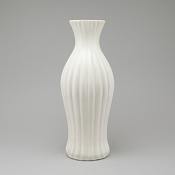 a floor faience vase, Bo Fajans.