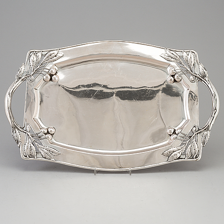 An austrian art nouveau silver 800 platter, maker's mark indistinct hm, singer, vienna c. 1900