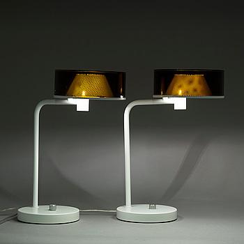 """BORDSLAMPOR, """"Talk"""", ett par, av Marge Arkitekter, Örsjö, formgivna 2006."""