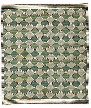 "299. Barbro Nilsson, MATTO, ""Grönspättan"" (""Spättan grön""), flat weave, ca 274 x 230,5 cm, signed AB MMF BN."