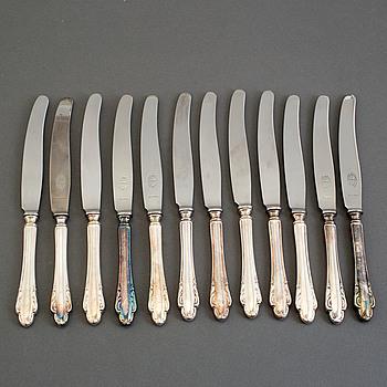 """KNIVAR, silver, J L Hultman, """"Haga"""" 15 delar, 1950-tal."""