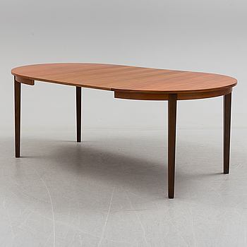 A DiNING TABLE, probably 1960s.