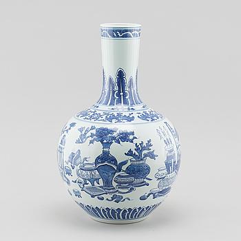 VAS, porslin, Kina, modern tillverkning.