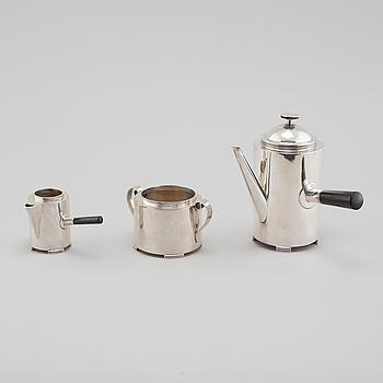 KAFFESERVIS, 3 delar, silver, C F Carlman, Stockholm, 1937 och 1945.