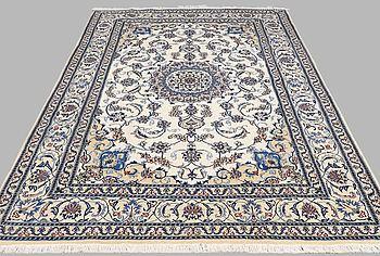 MATTA, Nain part silk, ca 300 x 195 cm.