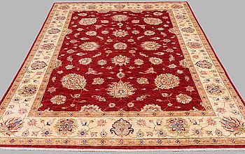 A carpet, Ziegler design, around 295 x 215 cm.
