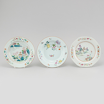 Three plates, porcelain, China, Qianlong 1736-95.