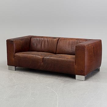 JAN DES BOUVRIE, soffa, Linteloo, Nederländerna.