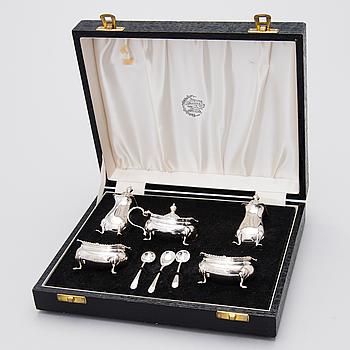 KRYDDSET I ETUI, 8 delar, silver, Adie Brothers Ltd, Birmingham, England 1961-1962.