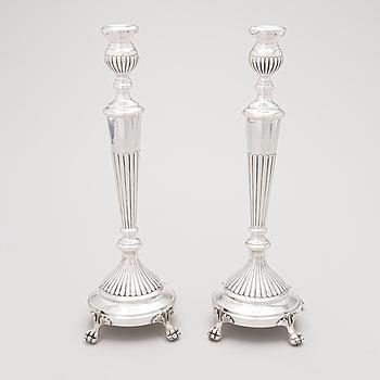 LJUSSTAKAR, ett par, silver, 1900-tal.
