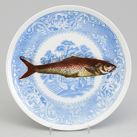 5 dinner plates by piero fornasetti, milano 1955.