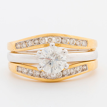 RINGAR, 2 st, med briljantslipade diamanter, totalt ca 1.44 ct.
