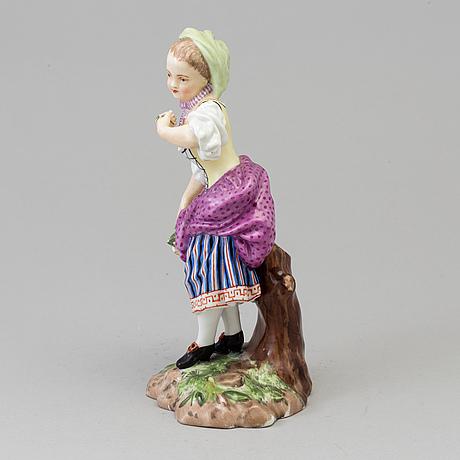 """Figurin, porslin. """"våren"""", efter andreas hald, royal copenhagen, danmark, sent 1800-tal."""