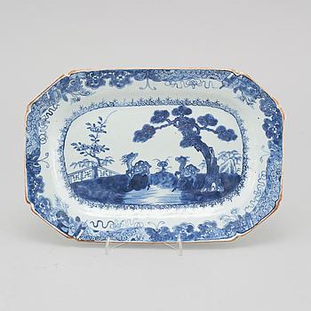 STEKFAT, kompaniporslin, Qingdynstin, Qianlong (1736-95).