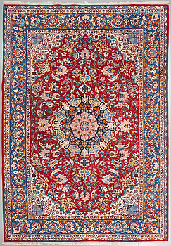 A Najafabad rug, probably, ca 350 x 250 cm.