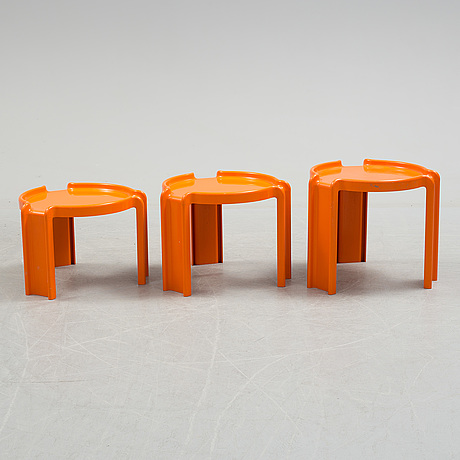 A set of three plastic nesting table probably giotto stoppino for kartell. 1960s/1970s.