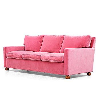 195. Josef Frank, a pink velvet upholstered three seated sofa, Svenskt Tenn, model 3031.