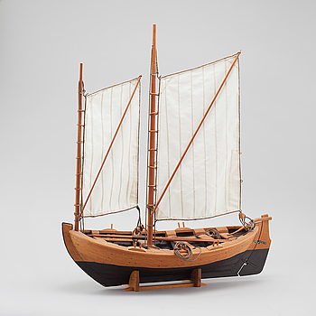 A boat model by Lars Härngren, signed and dated 2001.