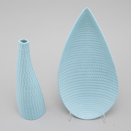 """A """"reptil"""" dish and a vase in stoneware, model 263 and 260, designed by stig lindberg for gustavsberg studio"""