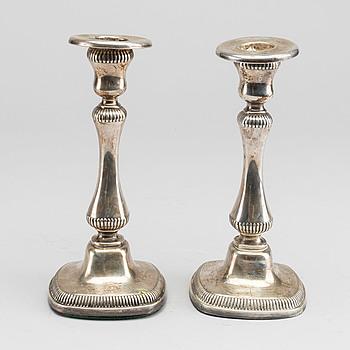 LJUSSTAKAR, ett par, silver, Tyskland, 1900-tal.