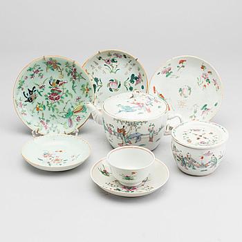 TEKANNA, FAT MM, 7 delar, porslin, Kina, 1800-tal.