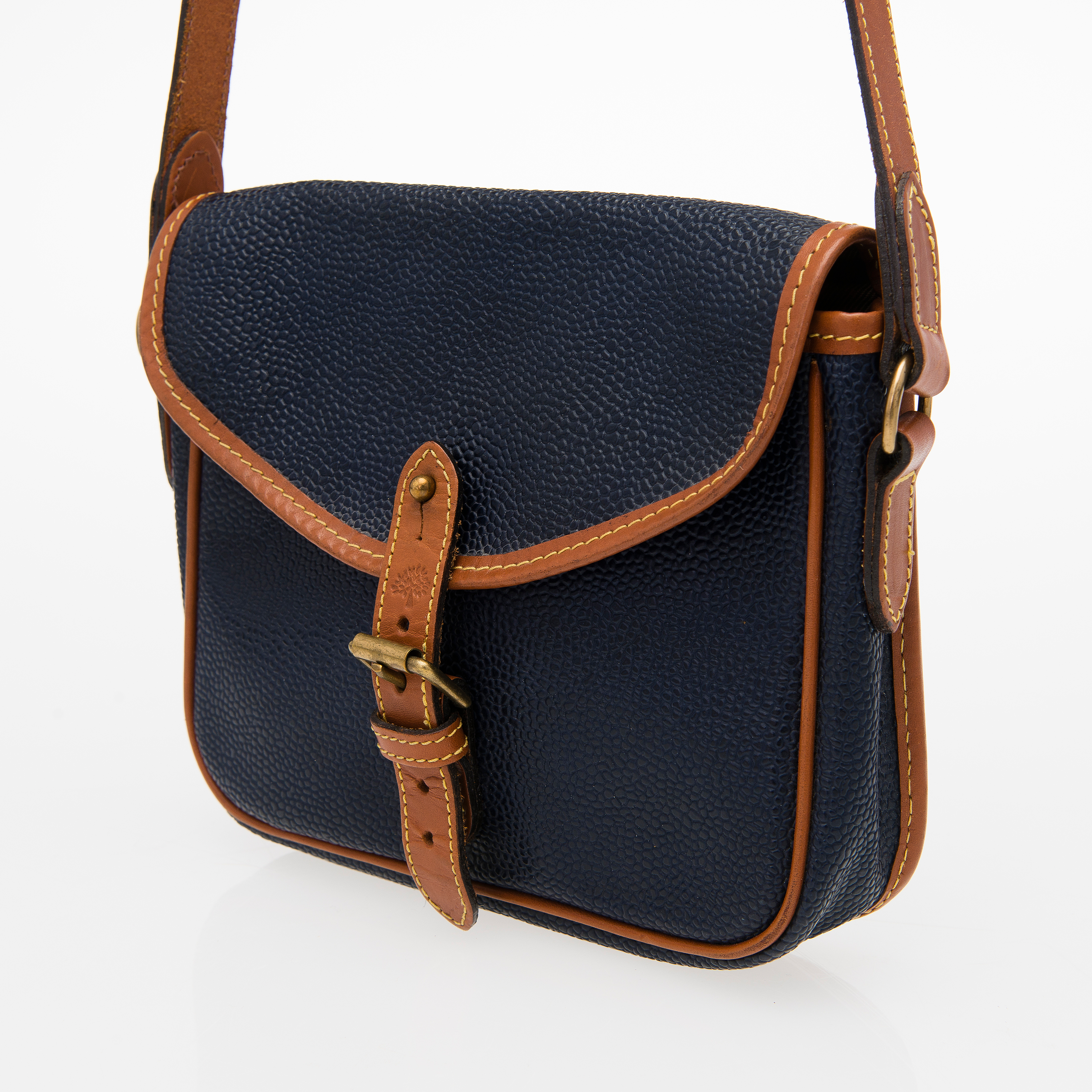 8608703e5a5 reduced mulberry bayswater grained leather tote a2160 24439; spain mulberry  vintage blue scotchgrain crossover bag. bukowskis 5bf99 98565