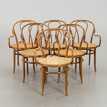 A SET OF 6 BENTWOOD ARMCHAIRS.