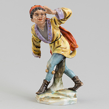 A German porcelain figure, ealry 20th Century.