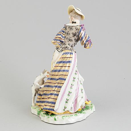 Figurin, porslin. nymfenburg, tyskland, 1900-tal.