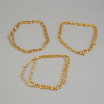 CÉLINE, CÉLINE, 3 necklaces.