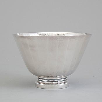 ERIC LÖFMAN, a silver bowl from MGAB, Uppsala, 1972.