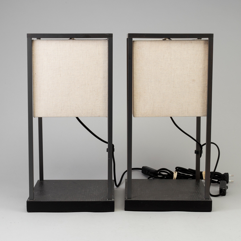 viele modisch bester Platz 2019 Ausverkauf A pair of table lamps