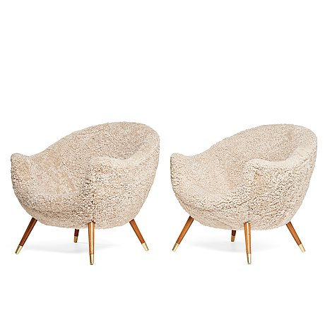 A pair of scandinavian easy chairs, 1950-60´s.