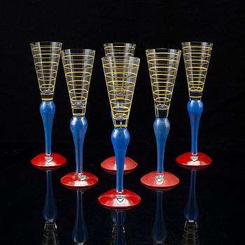 "ANNE NILSSON, snapsglas, ""Clown"", 6 st, glas, Orrefors, 1980-tal."