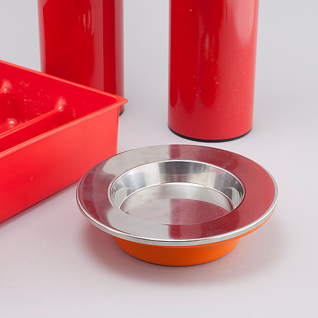 Three ash trays and one cutlery holder, ia designed by joe colombo and gino columbini for kartell, 1960/70s.