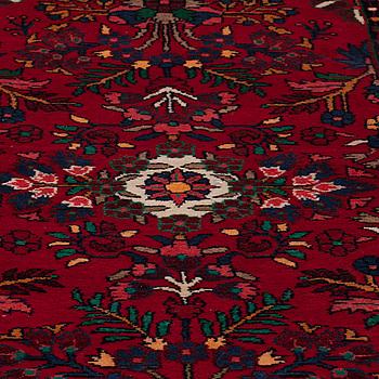 GALLERIMATTA, Lilihan, 425 x 90 cm.