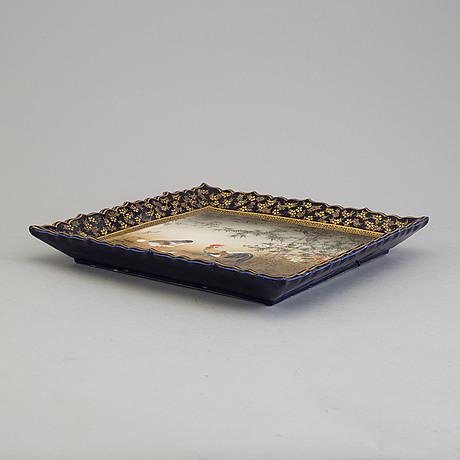 A japanese satsuma tray, early 20th century