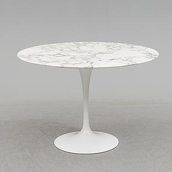 "EERO SAARINEN, matbord, ""Tulip"", Knoll International 1900-talets senare del."