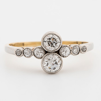 GUSTAF DAHLGREN & CO, Ring with old-cut diamonds.