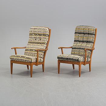 """CARL MALMSTEN, karmstolar, ett par """"Stora Fjäderbrickan"""", 1960-tal."""